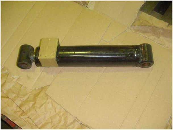 HA15I-HA15IP Nivellierzylinder 1